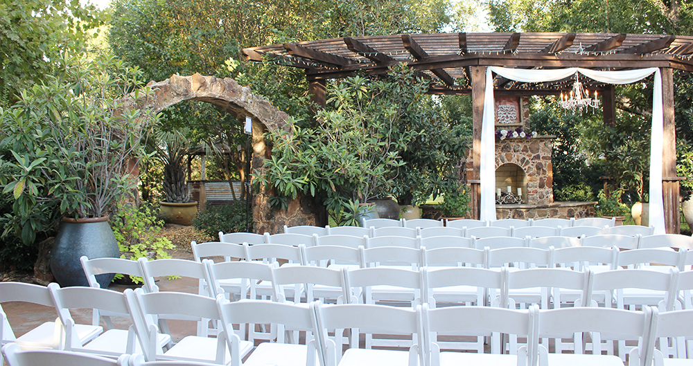 The Secret Garden Wedding venue Ennis Texas
